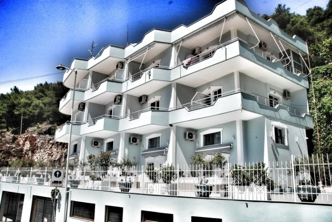 Bebi Appartment Saranda Appartamenti